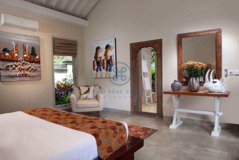 5 bedroom villa beachside sanur for sale rent 2 1