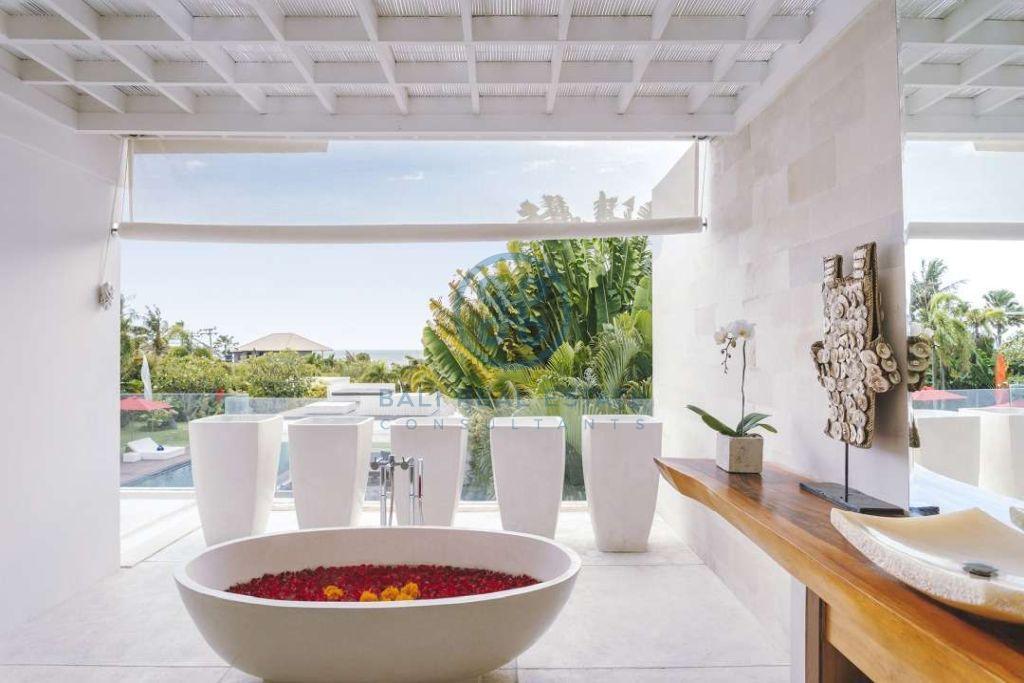 5 bedrooms contemporary seaside villa bali cemagi for sale rent 5