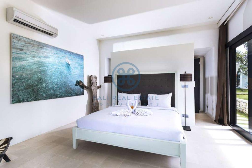 5 bedrooms contemporary seaside villa bali cemagi for sale rent 6