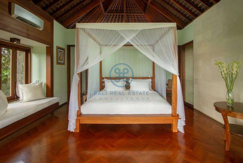 5 bedrooms villa estate seseh for sale rent 5 1