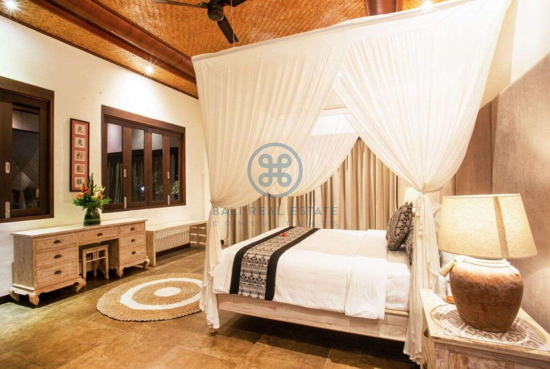 7 bedrooms villa estate cemagi for sale rent 49 Copy