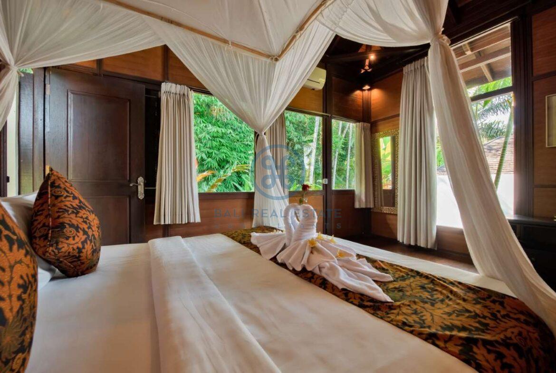 7 bedrooms villa estate jungle valley view ubud for sale rent 40