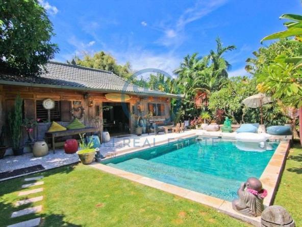 bedroom bohemian joglo villa in canggu batu bolong for sale rent