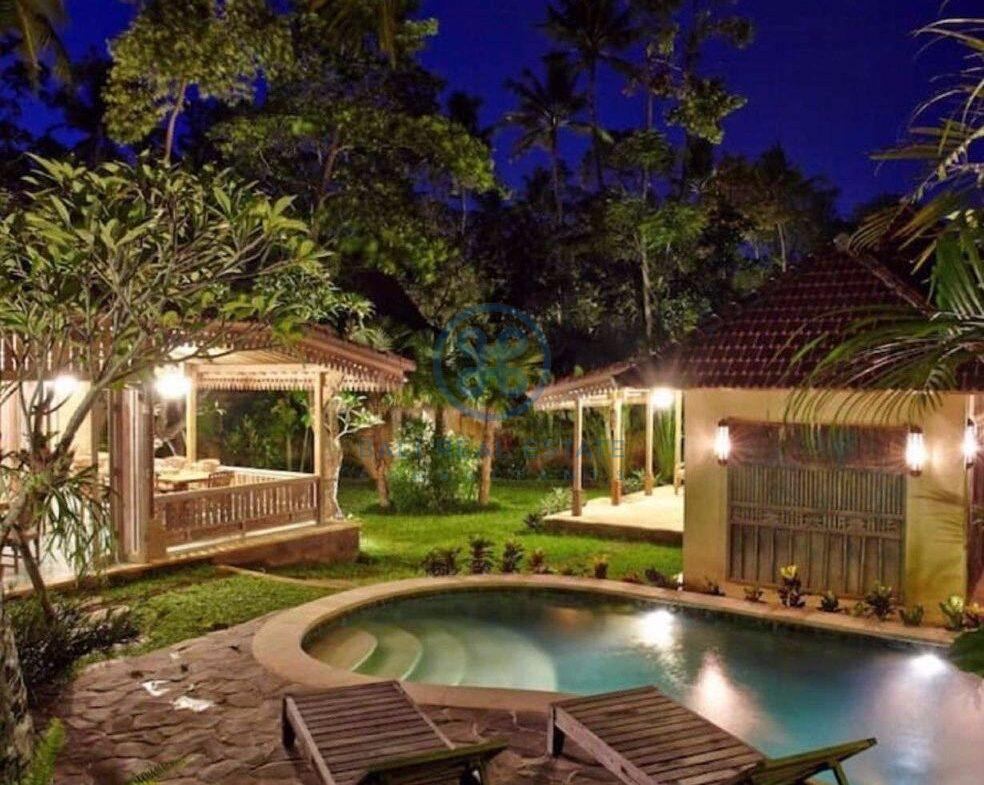 bedrooms eco friendly villa joglo style in ubud for sale rent