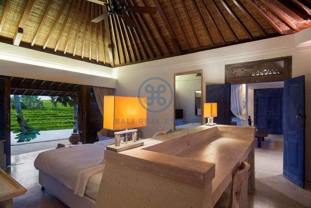 bedroom charming villa berawa for sale rent