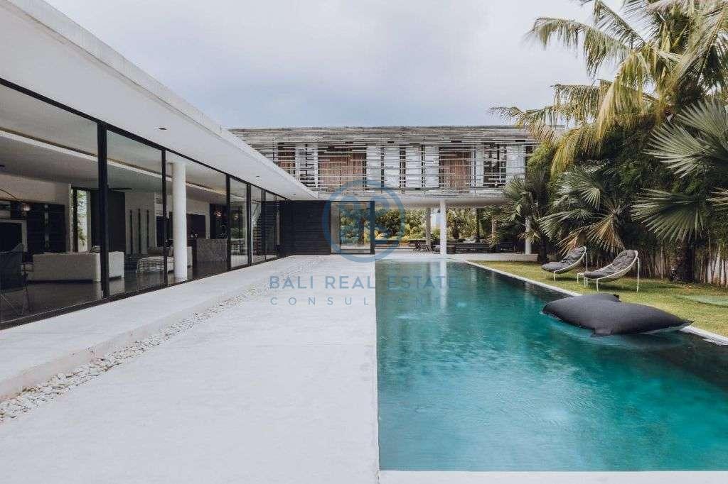bedrooms villa garden view berawa for sale rent