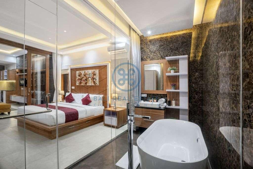 bedroom villa in seminyak for sale rent