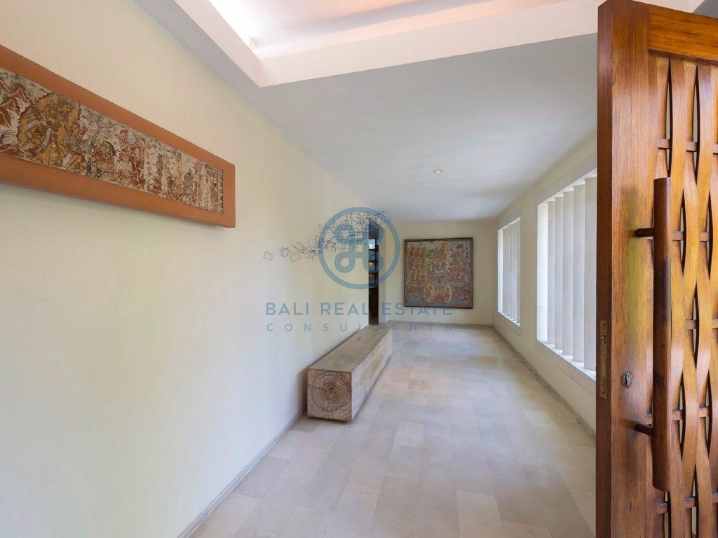 br villa freehold oberoy