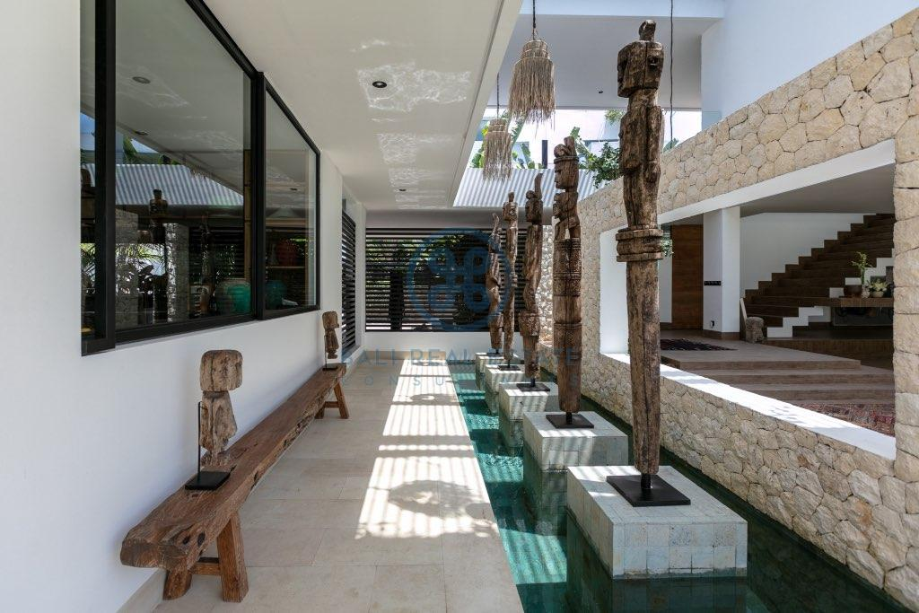 bedroom estate in tumbakbayuh for sale