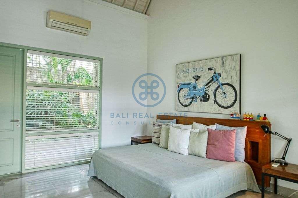 bedroom villa garden view canggu for sale rent