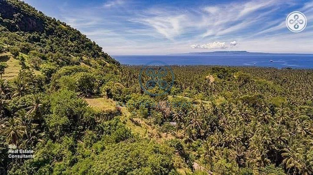 land ocean mountain view candidasa for sale rent