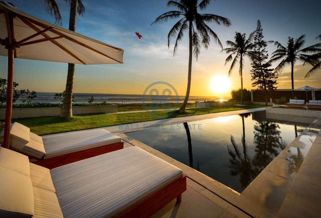 bedroom oceanfront villa for sale