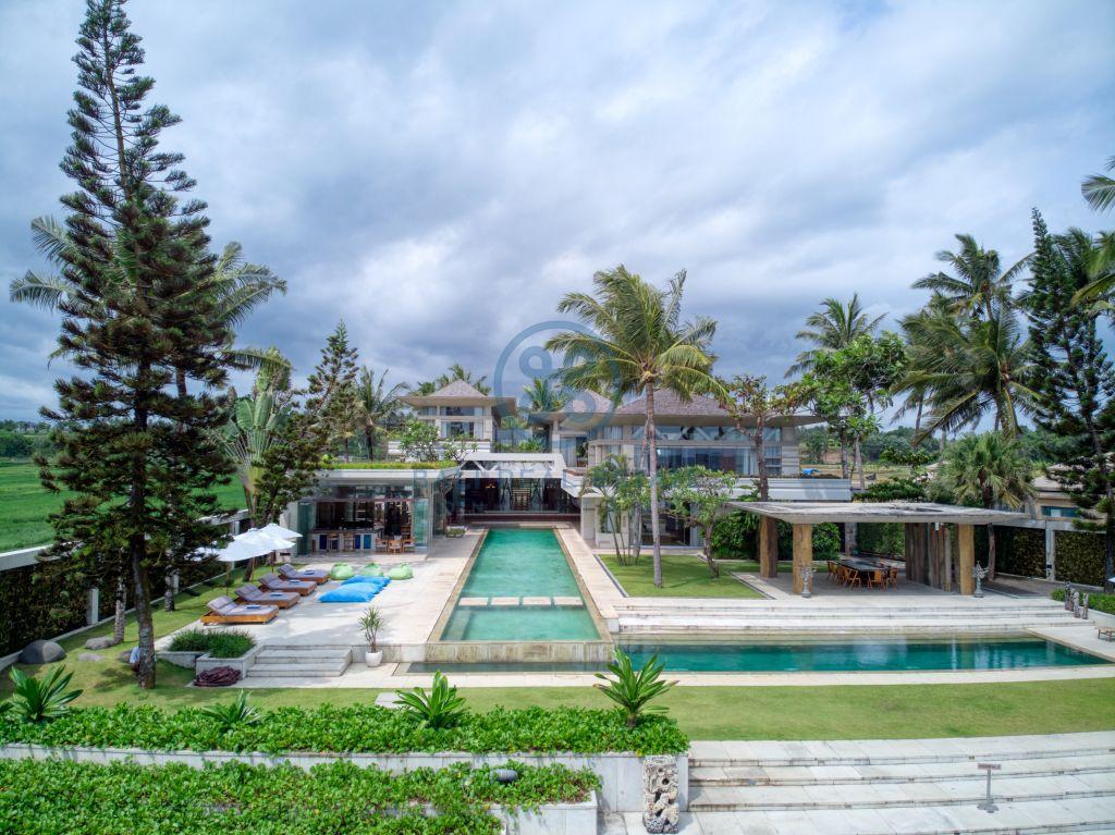 bedroom villa beach front tabanan for sale rent