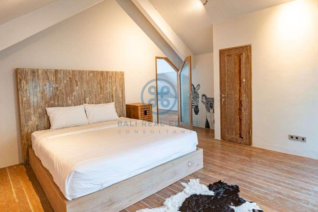 boho bedroom family villa in canggu berawa for sale rent